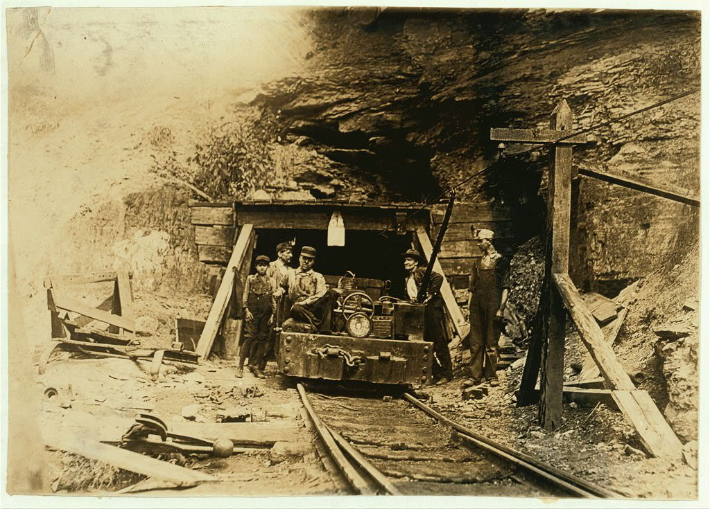 West-virginia-mine-entrance1